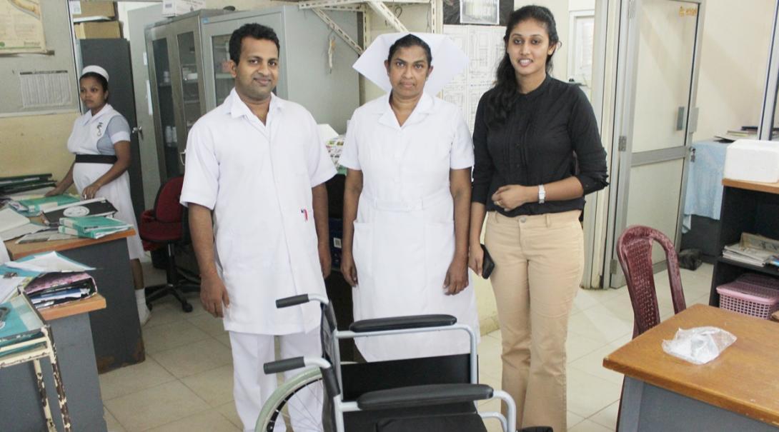 スリランカの病院で働く医療職員